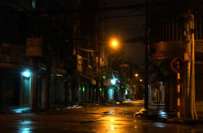 Dự báo Sài Gòn mưa lớn tối 1 và 2-10, sáng 3-10 mới ứng nghiệm