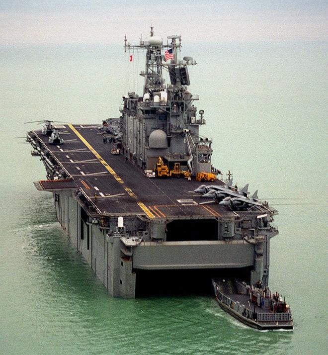 [Ảnh] Siêu hạm Mỹ từng được dự định mang tên địa danh Việt Nam - Ảnh 3.