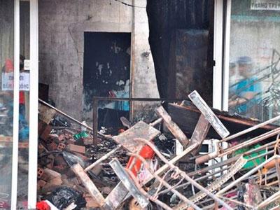 Vụ ba người chết trong lửa đỏ: Căn nhà không lối thoát