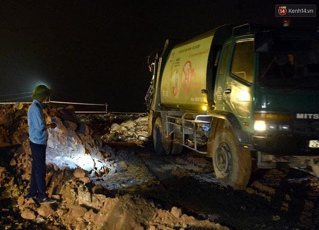 Gần 80 tấn cá chết ở hồ Tây được tiêu hủy như thế nào? - Ảnh 11.