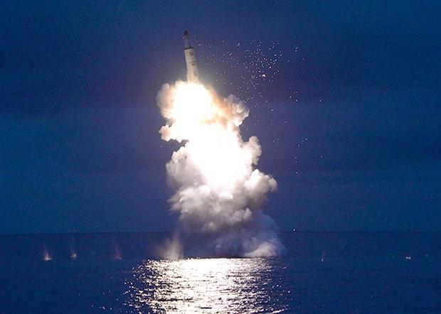 Triều Tiên, tàu ngầm Triều Tiên, hạt nhân Triều Tiên, tên lửa Triều Tiên