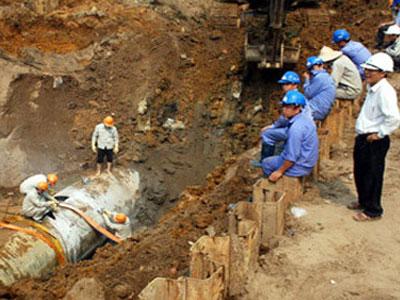 Đường ống nước sông Đà gặp sự cố: Lãnh đạo Vinaconex phủ nhận