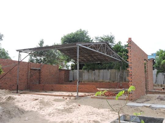 Căn nhà gia đình ông Quang đang xây dựng trái phép