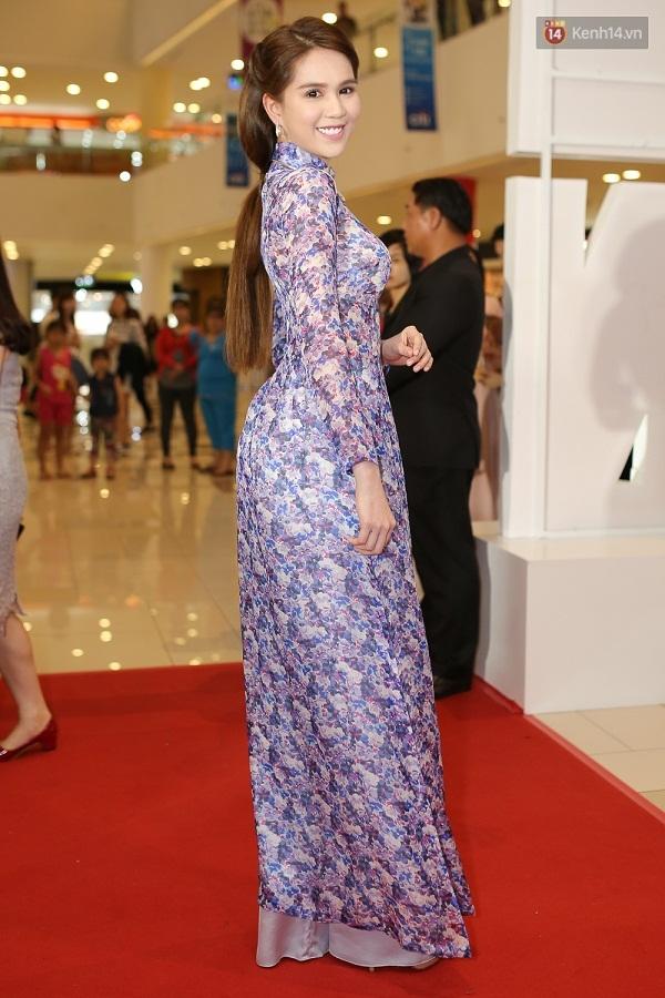 Ngọc Trinh hóa thân thành quý cô Sài Gòn xưa nổi bật giữa sự kiện - Ảnh 2.