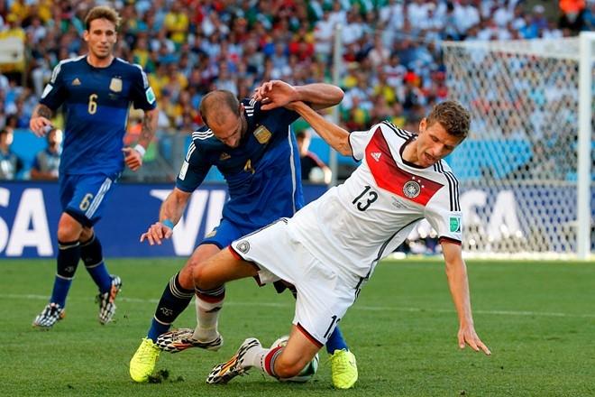 World Cup tang len 48 doi: Dien ro hay hop ly? hinh anh 2