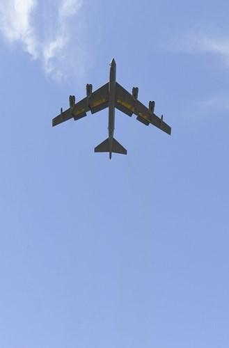 Chiem nguong may bay nem bom B-52H