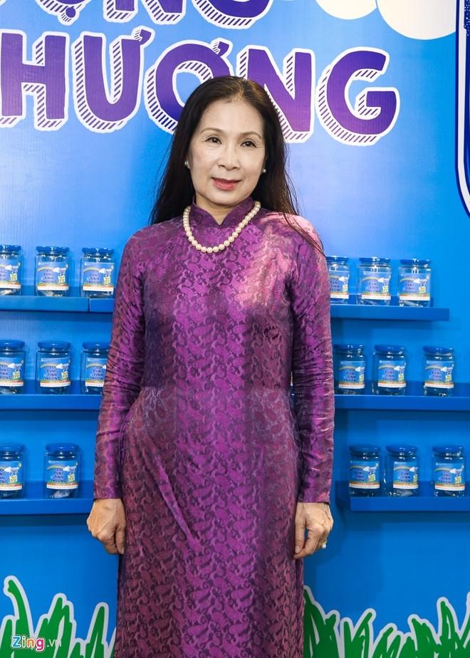 Dam Vinh Hung di su kien sau live show 12 ty dong hinh anh 6
