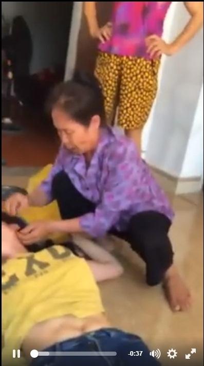 Bị chồng đánh đập, cấm gặp con, cô gái trẻ lên mạng xã hội công khai tố cáo