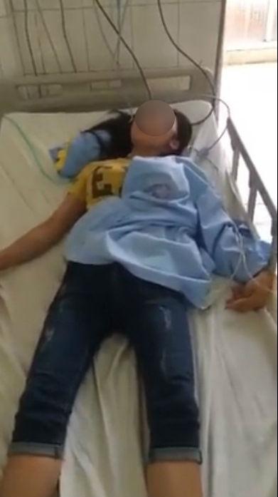 Mới sinh con 10 tháng, mẹ trẻ bị chồng đánh đập đến mức nhập viện, cấm gặp con
