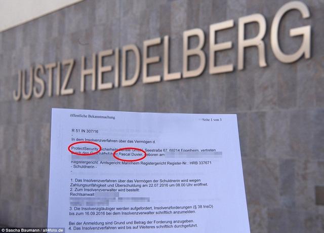 Công ty của vệ sĩ Pascal Duvier tuyên bố phán sản và giải thể hồi tháng 7 vừa rồi.
