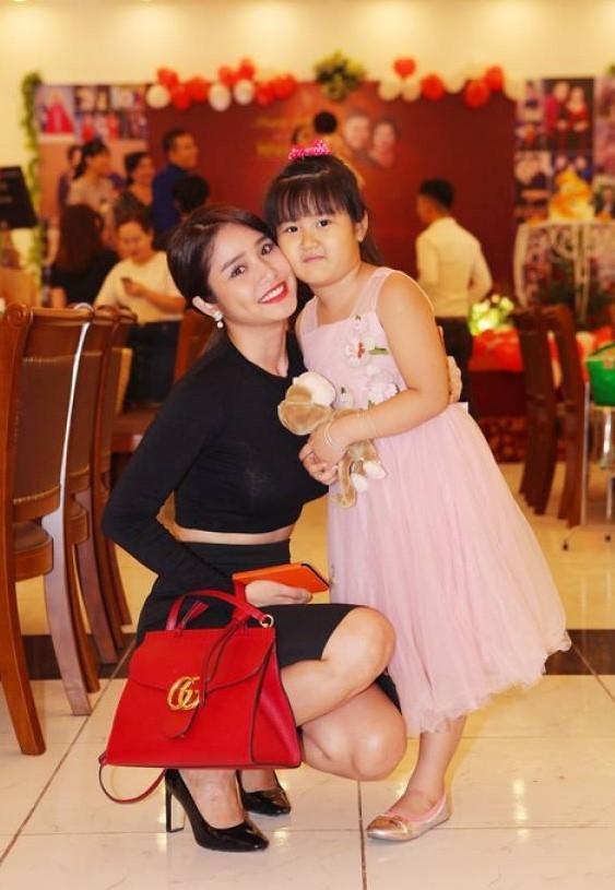 Vo cu Phan Thanh Binh ke chuyen no nan sau ly hon hinh anh 2