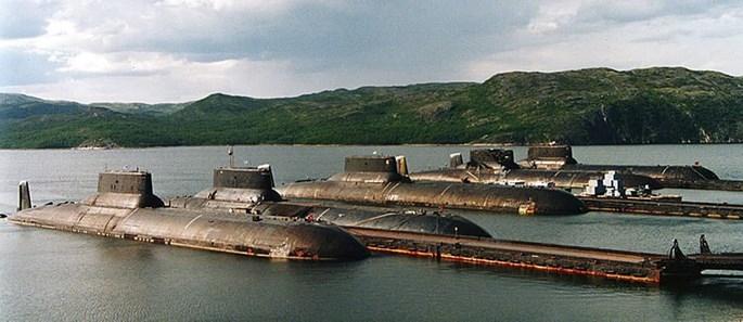 Xem tàu ngầm lớn nhất thế giới của Nga xuyên mặt băng phóng tên lửa - ảnh 5