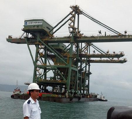 Sự kiện đón giàn cẩu Formosa cập cảng Sơn Dương và hiện đại thế giới từng thu hút sự quan tâm của báo giới