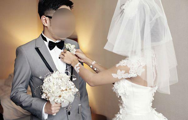 Bị chồng sắp cưới ẵm 50 triệu theo bồ, cô gái trẻ lên mạng thuê người làm chồng giả
