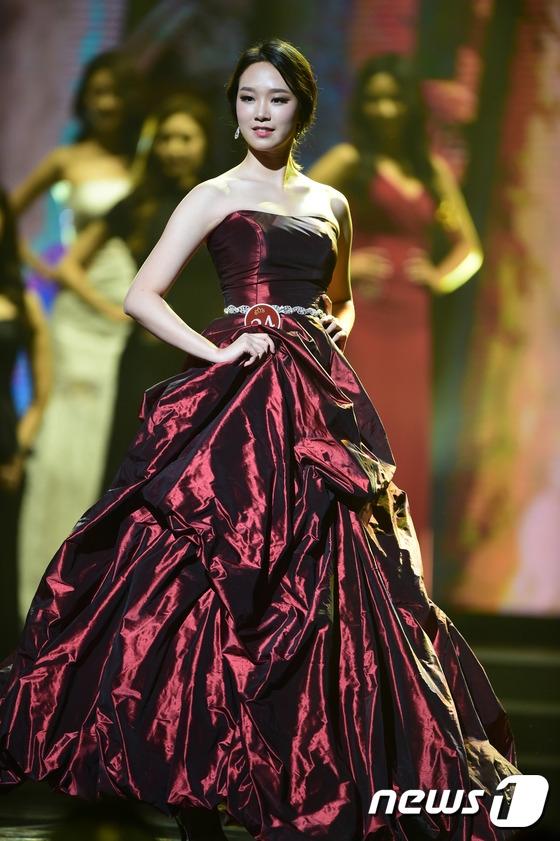 Hoa hậu Hàn Quốc: Nhiều người đẹp quá nên có hẳn 6 Á hậu trong một cuộc thi! - Ảnh 2.