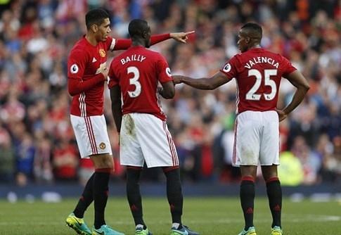Mourinho bắt tân binh của M.U đi học thêm tiếng Anh - ảnh 2