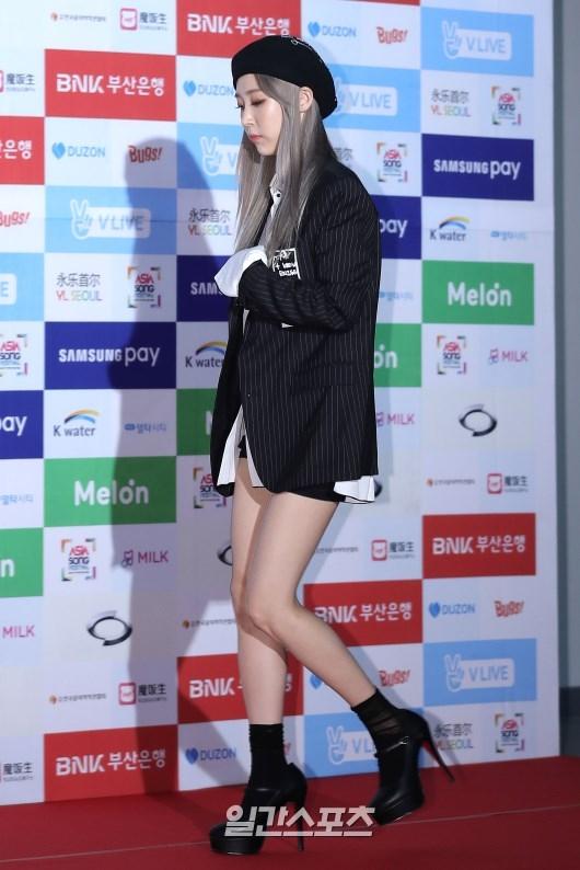 Noo Phước Thịnh cực ngầu bên dàn thần tượng đình đám xứ Hàn trên thảm đỏ Asia Song Festival 2016 - Ảnh 15.