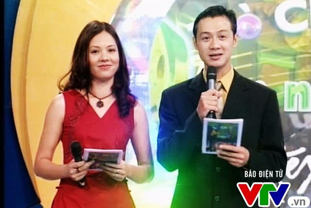 Ảnh độc cách đây hơn 10 năm của bộ đôi MC Anh Tuấn - Diễm Quỳnh - Ảnh 2.