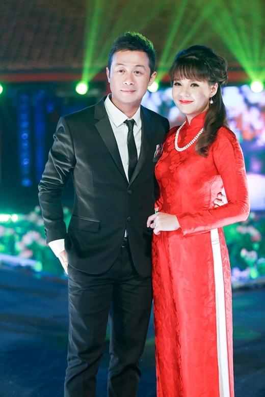 Ảnh độc cách đây hơn 10 năm của bộ đôi MC Anh Tuấn - Diễm Quỳnh - Ảnh 4.