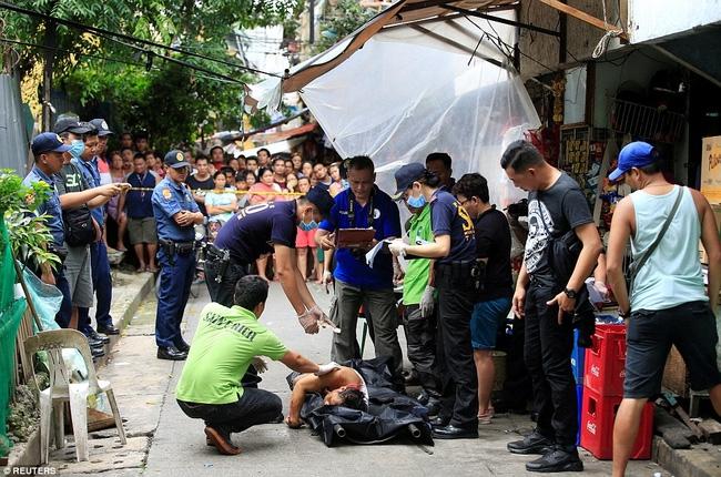 Chùm ảnh: Hơn 3.700 người đã chết trong cuộc chiến chống tội phạm ma túy ở Philippines - Ảnh 3.