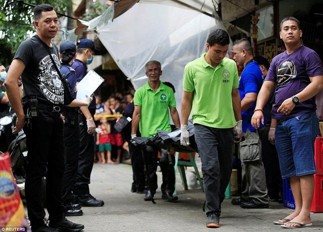 Chùm ảnh: Hơn 3.700 người đã chết trong cuộc chiến chống tội phạm ma túy ở Philippines - Ảnh 4.