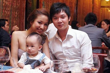 Gia đình hạnh phúc trước đây của Thanh Vân Hugo và ông xã Tường Linh