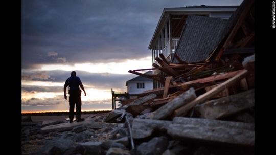 Nhà cửa bị phá hủy ở bang Nam Carolina. Ảnh: AP