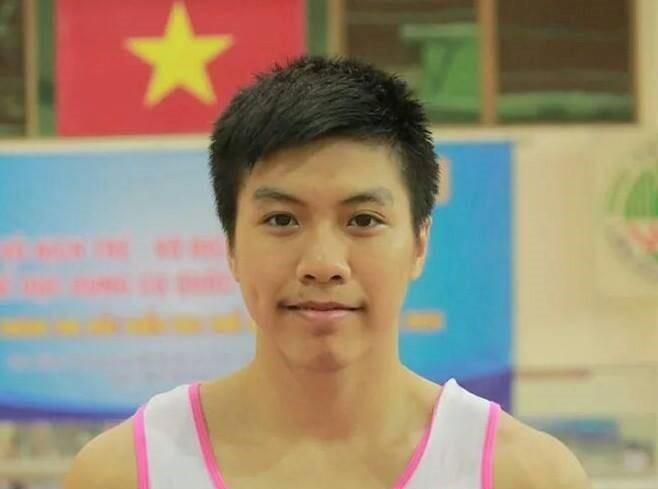 Nguyễn Tuấn Đạt giành HCV nhảy chống đáng nhớ tại Cúp thế giới ở Hungary. Ảnh: Facebook nhân vật