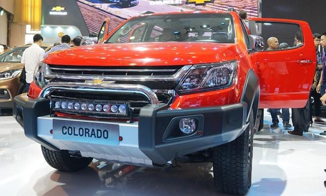 Chevrolet Colorado phien ban nang cap gia tu 619 trieu o VN hinh anh 1