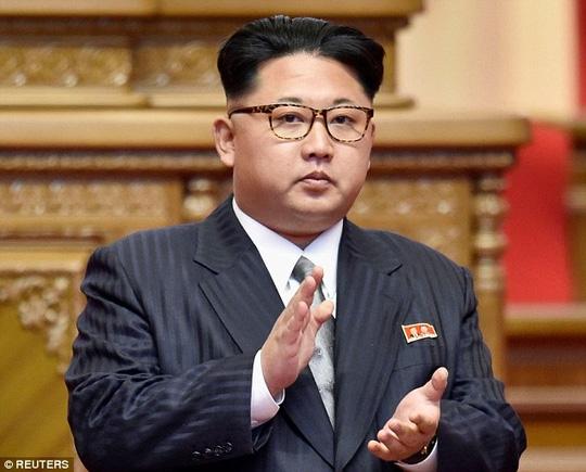 Sợ bị ám sát, lãnh đạo Triều Tiên không dám đi xa khỏi thủ đô. Ảnh: REUTERS