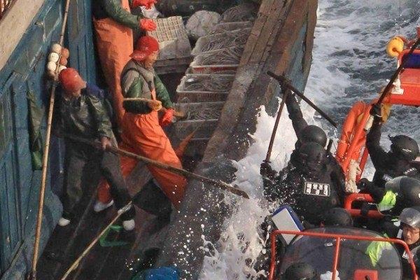 Hàn Quốc không để yên vụ tàu cá Trung Quốc hung hăng