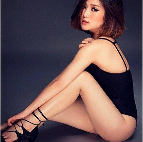 het mot khong noi y, huong tram lai khoe dang nuot voi bikini hinh anh 9