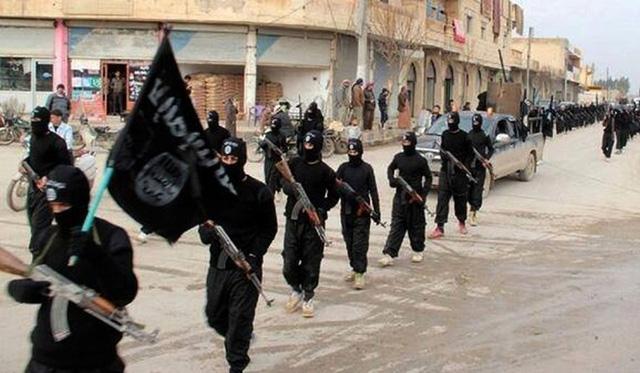 Các tay súng thuộc tổ chức IS (Ảnh: Guardian)