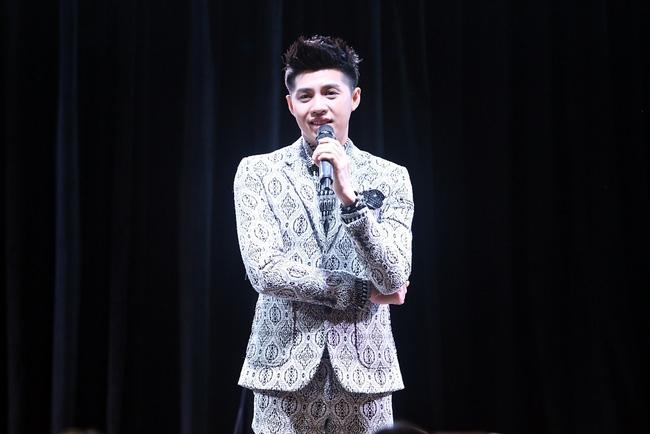 Là ca sĩ Việt đầu tiên tổ chức họp fan ở Hàn, Noo Phước Thịnh vẫn được hàng trăm khán giả vây kín ủng hộ - Ảnh 5.