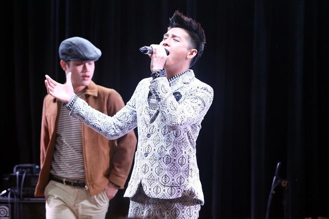 Là ca sĩ Việt đầu tiên tổ chức họp fan ở Hàn, Noo Phước Thịnh vẫn được hàng trăm khán giả vây kín ủng hộ - Ảnh 7.