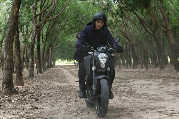 """Midu lạnh lùng, Elly Trần hoảng hốt trên poster """"Bí Ẩn Song Sinh"""" - Ảnh 6."""