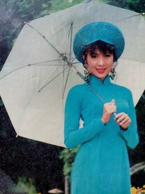 Cựu người mẫu Minh Anh