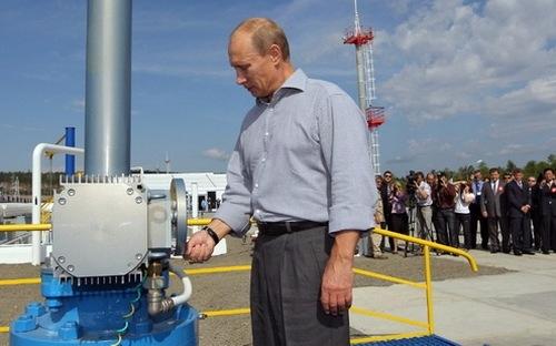 Nga đồng ý giảm sản lượng, giá dầu vượt xa 50 USD/thùng