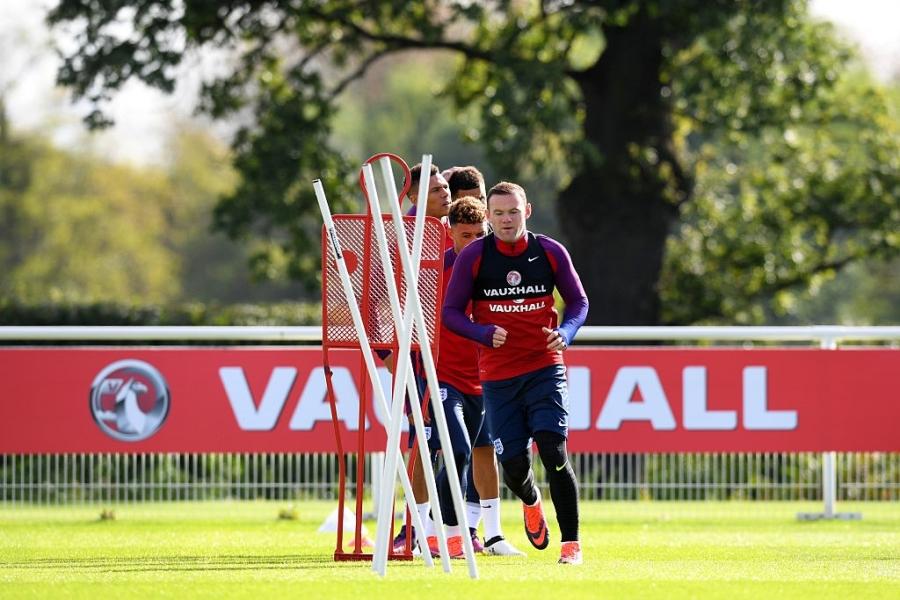 Rooney du bi o tran vong loai World Cup 2018 hinh anh 5