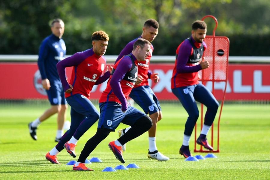 Rooney du bi o tran vong loai World Cup 2018 hinh anh 6