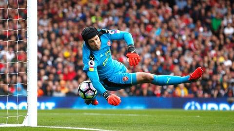 Cech vẫn còn thời gian để gia tăng kỷ lục trên
