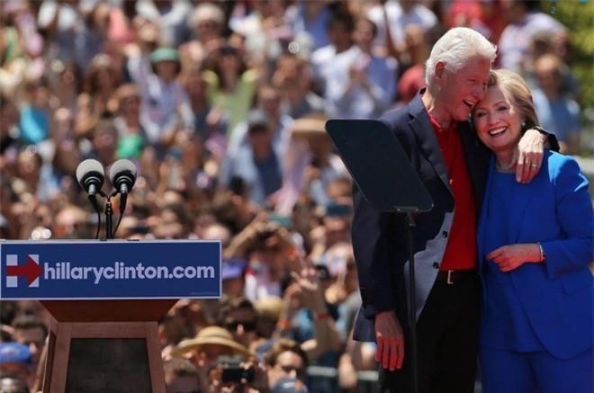 Hon nhan song gio hon 4 thap ky cua vo chong Clinton hinh anh 11