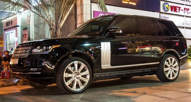 Thêm một chiếc Range Rover Autobiography.