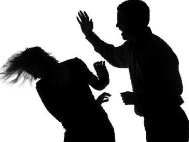 Thất đức: Con rể ăn cắp tro cốt của bố mẹ vợ, ép vợ chia tài sản - Ảnh 1.