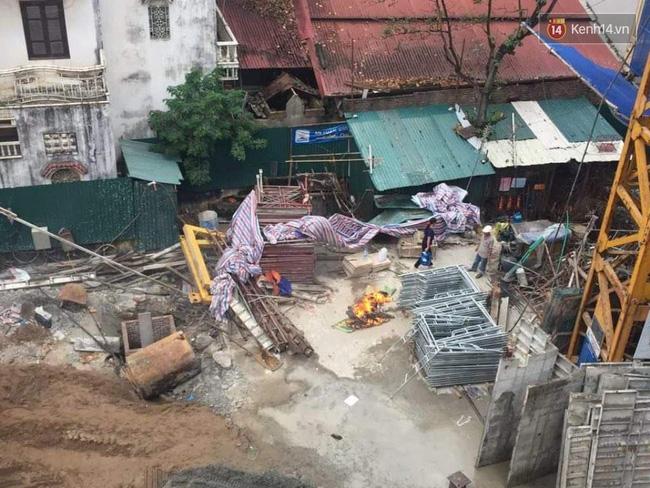 Giây phút giàn giáo công trình đổ sập khiến 6 người thương vong - Ảnh 3.