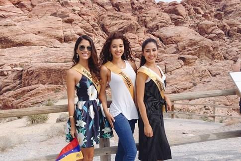 Hoa hậu Venezuala nhón chân để cao hơn Nguyễn Thị Loan - ảnh 3