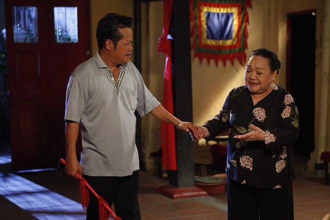 Huy Khanh hon Maya say dam trong 'Sai Gon, anh yeu em' hinh anh 6