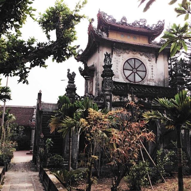 Một góc chùa Mễ Sở