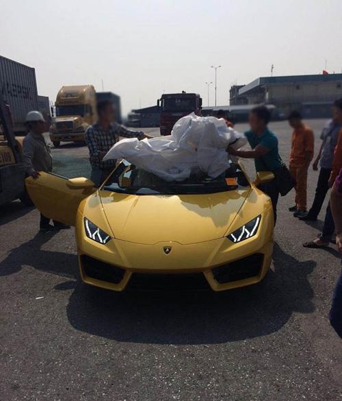 """HOT: Lamborghini """"giá rẻ"""" Huracan LP580-2 thứ 2 về Việt Nam - 4"""
