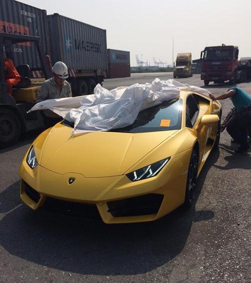 """HOT: Lamborghini """"giá rẻ"""" Huracan LP580-2 thứ 2 về Việt Nam - 6"""